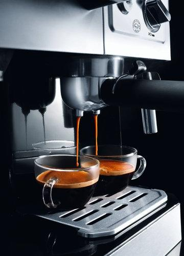 Delonghi Coffee Maker, 220-volt ,