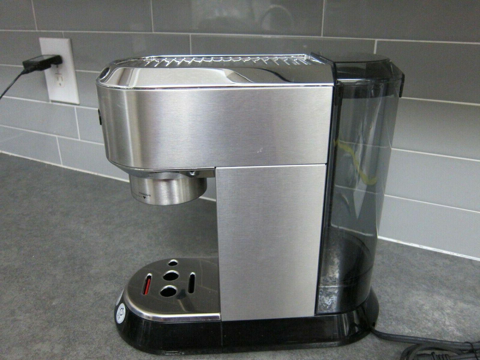 DeLonghi EC680M 15-Bar Pump Machine -