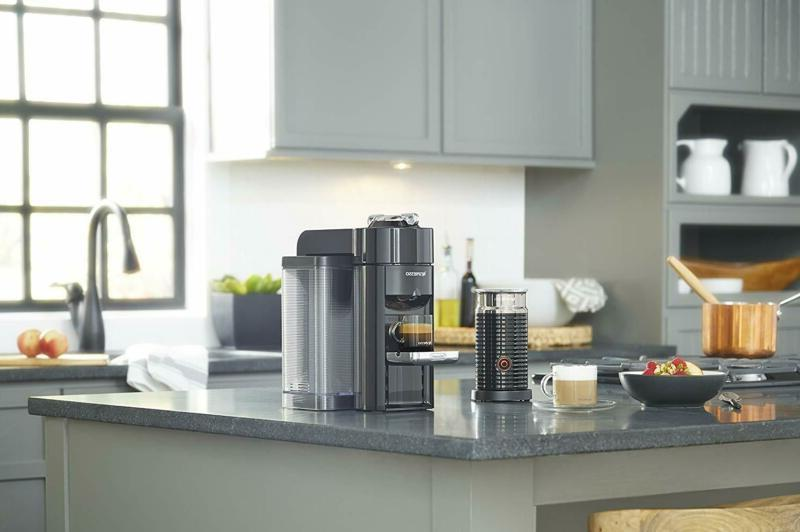 Nespresso and Aeroccino De'Longhi,